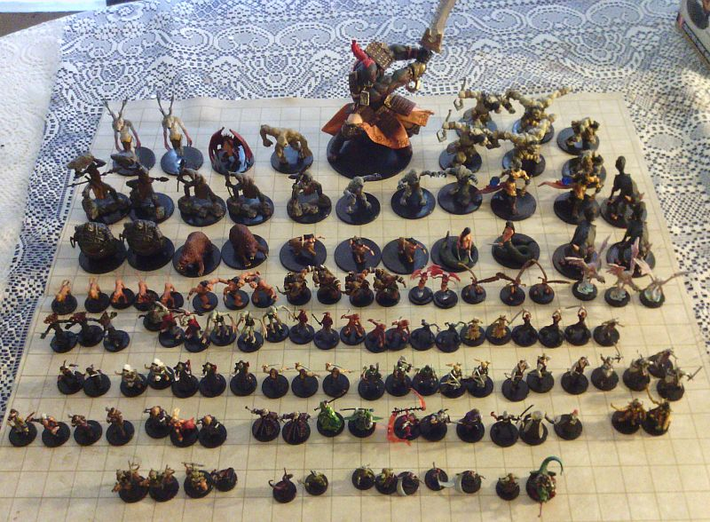 Photo of Rise of the Runelords miniatures from a Standard Case